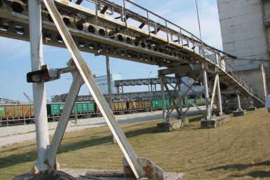 Estonia kaevanduse amortiseerunud tootmishoonete ja rajatiste lammutamine.