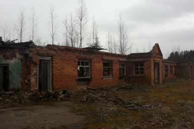 Hargla laudakompleksi lammutamine