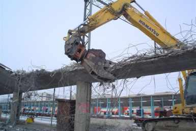 Kouvola raudteejaama vanade perroonide lammutamine