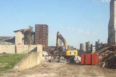 Vinni teraviljakuivati osaline lammutamine